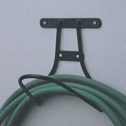 HOSE HANGER