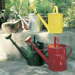 2 GALLON RED CLASSIC WATERING CAN