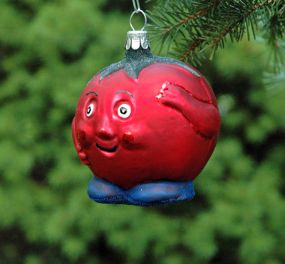 MR TOMATO ORNAMENT