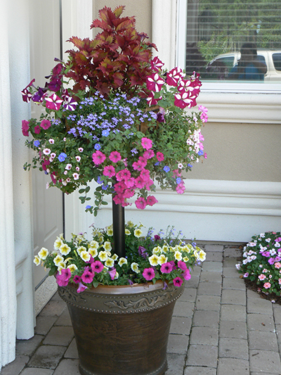 BASKET COLUMN FOR LARGE POTS (BASKET NOT INCLUDED)